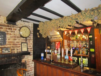 Jane Austen dog walk and dog-friendly pub, Kent - Driving with Dogs