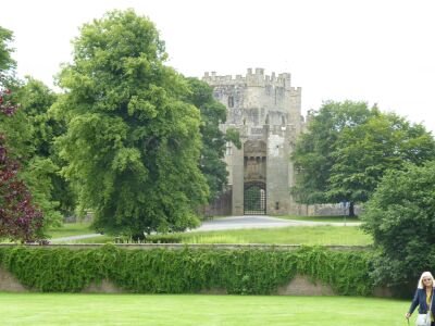 A666 Castle with refreshments and free parking, County Durham - Driving with Dogs