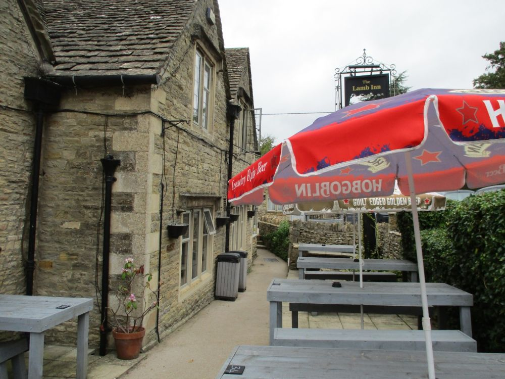 Dog-friendly inn with B&B near Bourton-on-the-Water, Gloucestershire - Dog walks from dog-friendly pubs in the Cotswolds.JPG