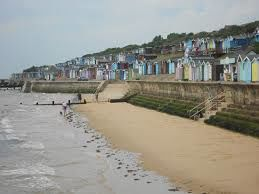 Walton-on-the-Naze dog-friendly beach, Essex - Driving with Dogs