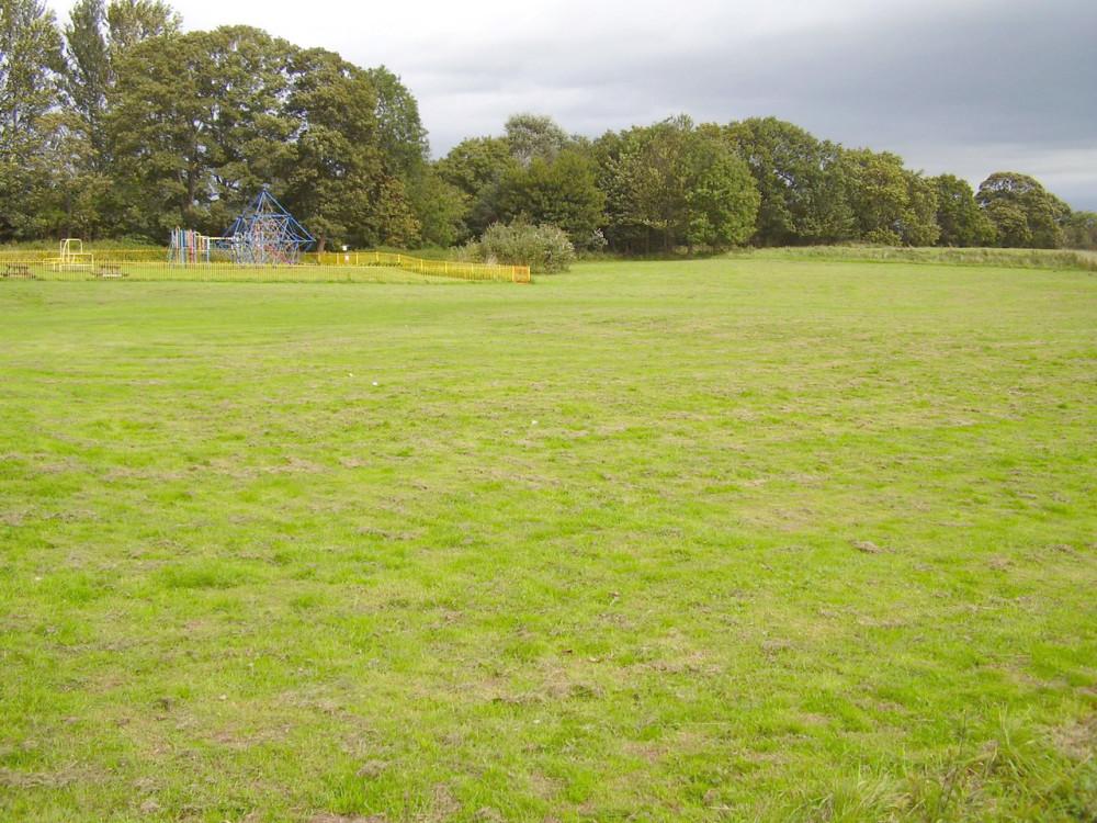 M55 Junction 1 dog walk and dog-friendly pub Woodplumpton, Lancashire - Dog walks in Lancashire