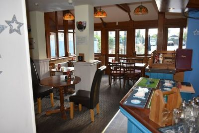 Dog-friendly pub and walks near Wisbech, Cambridgeshire - Driving with Dogs