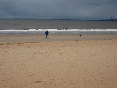 Edinburgh dog-friendly beach, Lothian, Scotland - Driving with Dogs