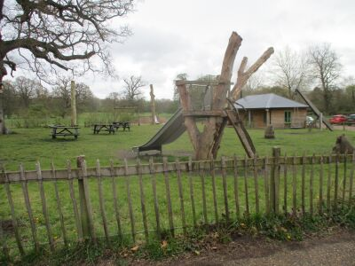 Dog Walks with cafe, craft centre and artisan shops, Suffolk - Driving with Dogs