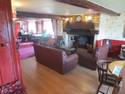 Bradford-on-Avon dog walk and dog-friendly pub, Wiltshire - Driving with Dogs