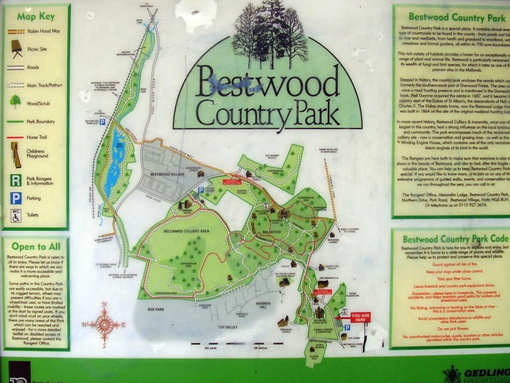 Country Park dog walk near Nottingham, Nottinghamshire - Dog walks in Nottinghamshire