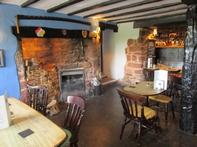 A38 dog-friendly inn and dog walk, Devon - Driving with Dogs