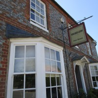 M40 Junction 6 dog walk and dining pub, Oxfordshire - Dog walk and dog-friendly pub in Oxfordshire