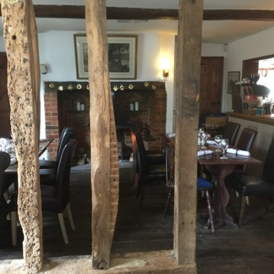 A1 Junction 9 wonderful doggiestop with pub and walk, Hertfordshire - Driving with Dogs