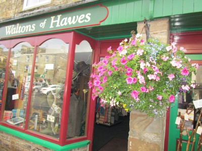 Hawes - dog-friendly town, North Yorkshire - Driving with Dogs