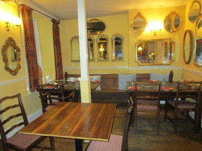 Dog-friendly hotel in Machynlleth, Wales - Driving with Dogs