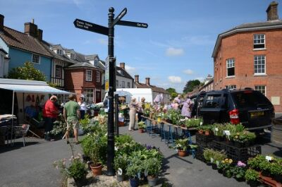 Pretty market town with a dog-friendly pub, Norfolk - Driving with Dogs