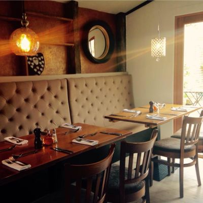 Dog-friendly pub in the Colne Valley, Essex - Driving with Dogs
