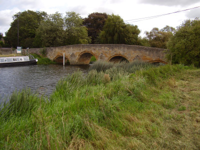 A1 Junction 17 dog-friendly pub and dog walk, Northamptonshire - Driving with Dogs