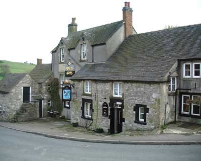 Brassington dog-friendly pub, Derbyshire - Driving with Dogs