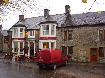 Dog-friendly pub and dog walk near Bakewell, Derbyshire - Driving with Dogs