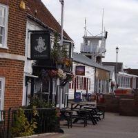 Riverside dog walks and dog-friendly pubs, Essex - Essex dog walks from dog-friendly pubs.jpg