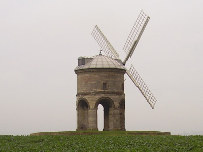 Chesterton Windmill dog walk, Warwickshire - Driving with Dogs