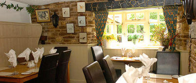 A361 dog-friendly pub and dog walk near Trowbridge, Wiltshire - Driving with Dogs