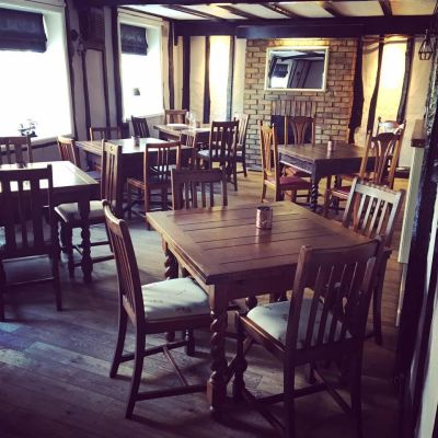 A dog walk on the Fens and good pub food near Newmarket, Cambridgeshire - Driving with Dogs