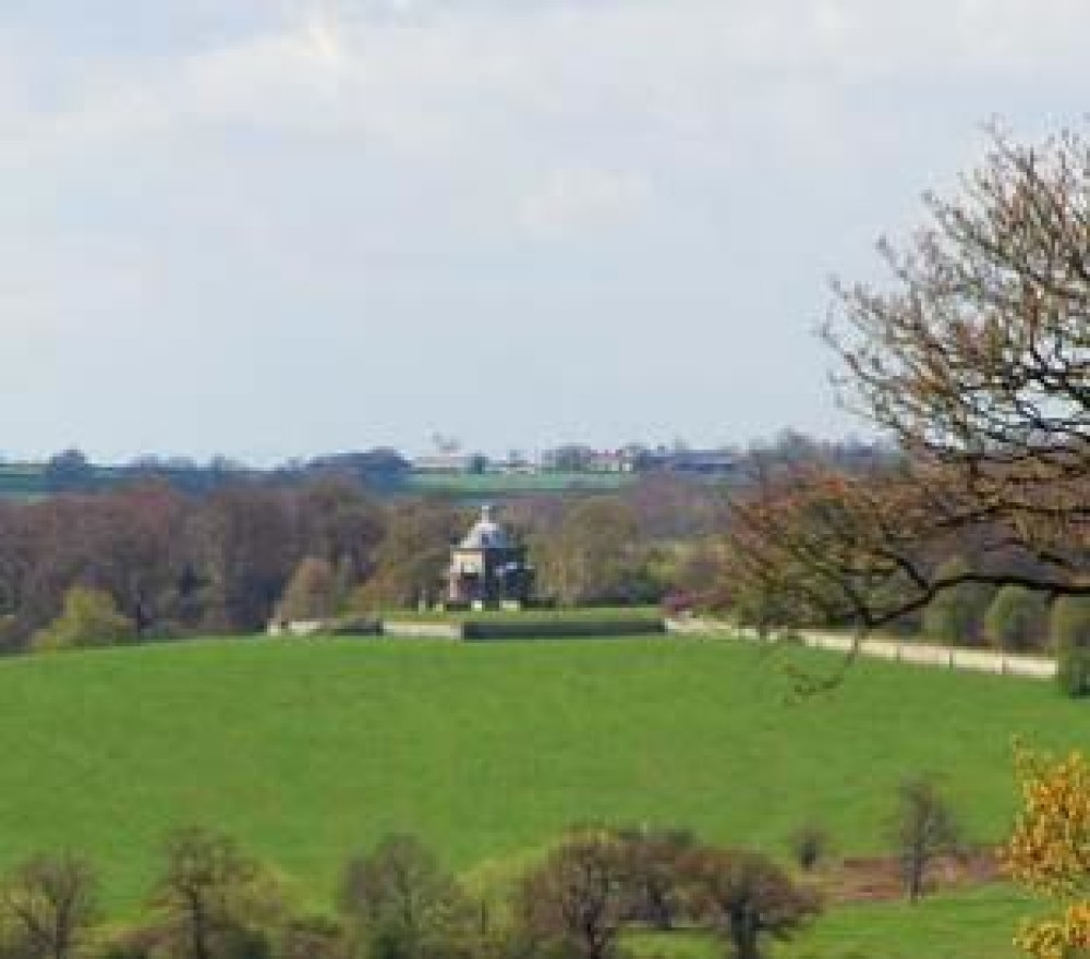 A visit to Castle Howard with the dog, Yorkshire - Dog walks in Yorkshire
