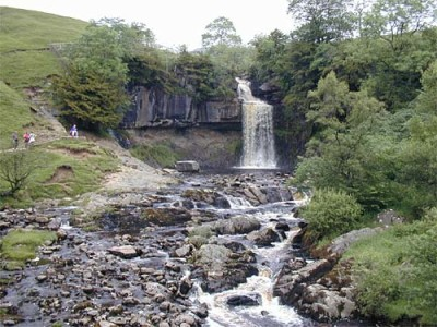 The Waterfalls Trail, Lancashire - Driving with Dogs
