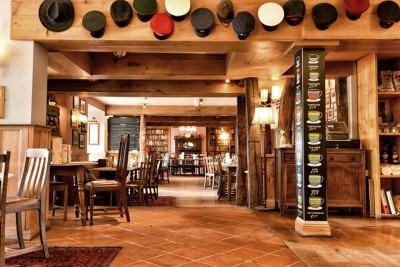A38 dog-friendly dining but no walk, Somerset - Driving with Dogs