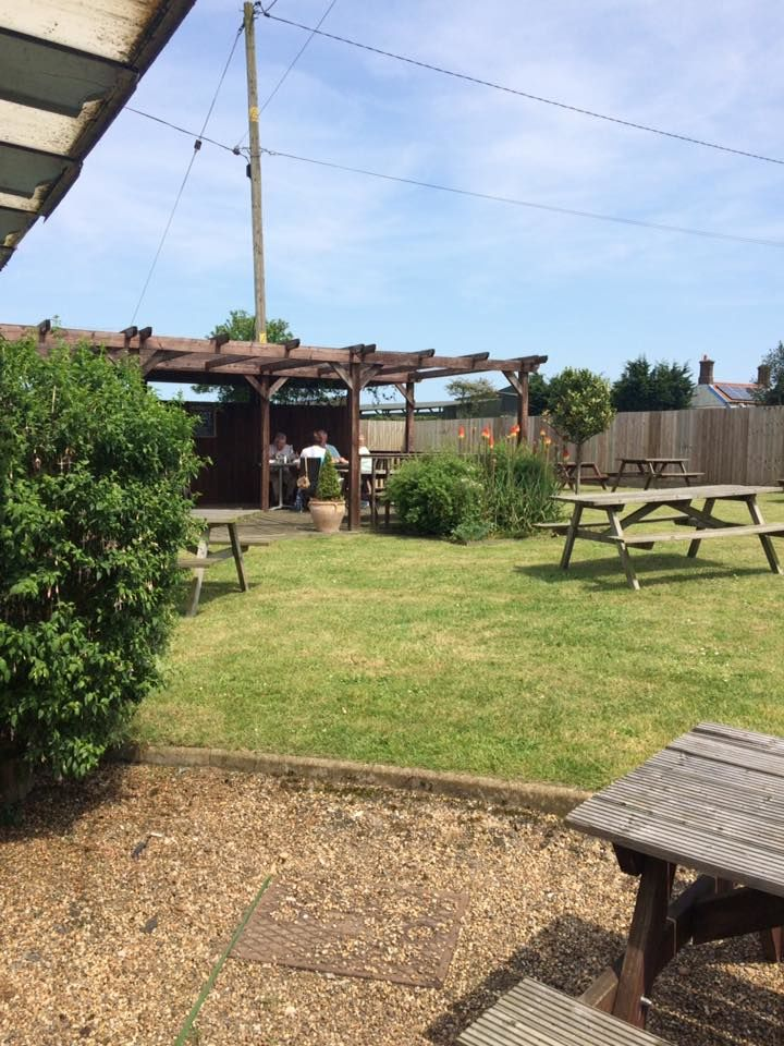 The Lodge dog-friendly stop near the A47, Norfolk - Dog-friendly pub and dog walk near Dereham