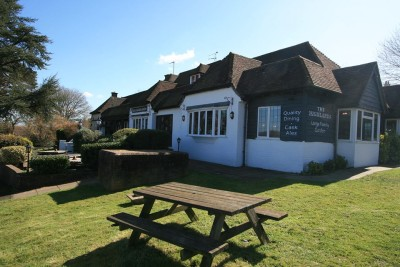 A22 Uckfield dog-friendly pub, East Sussex - Driving with Dogs