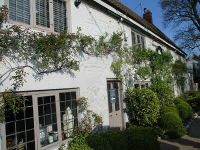 A149 dog-friendly dining pub with rooms, near Hunstanton, Norfolk - Driving with Dogs