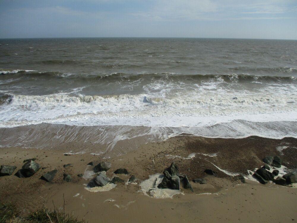 Dog-friendly pub with B&B by the beach, Norfolk - Norfolk dog-friendly beaches.JPG