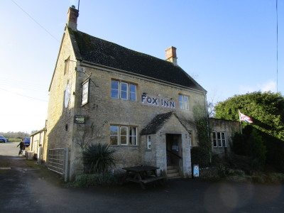 Broadwell dog-friendly pub and dog walk, Gloucestershire - Driving with Dogs
