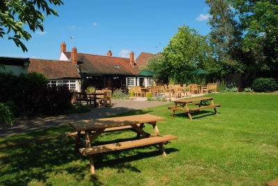 A130 Dog-friendly dining pub near Billericay, Essex - Driving with Dogs