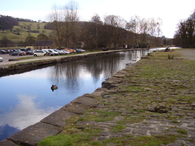 Cromford dog-walk and cafe, Derbyshire - Driving with Dogs