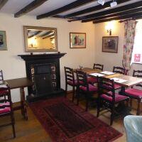 A170 A dog-friendly village inn and dog walk, North Yorkshire - Yorkshire dog-friendly pubs