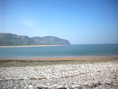 A55 dog-friendly beach and walk near Conwy, Clwyd, Wales - Driving with Dogs