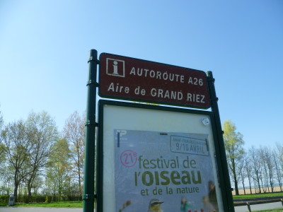 A26/4-5 France Aire du Riez, France - Driving with Dogs