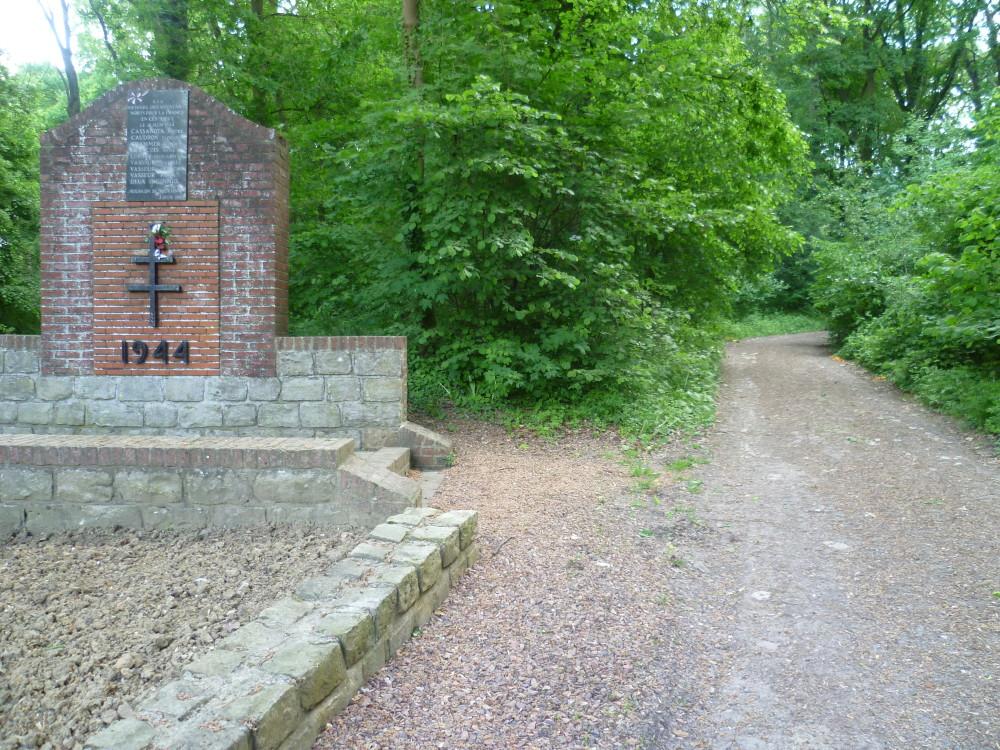 A26 exit 8 dog walk in Bourlon, France - Image 6