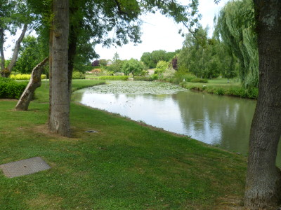 A20 exit 9 Outrille dog walk and fine food, France - Driving with Dogs