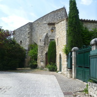 A7 exit 18 doggiestop in Provence, France - Image 4