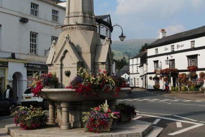 Dog-friendly hotel and bar Brecon Beacons, Wales - Driving with Dogs