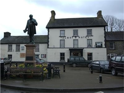 Tregaron dog walk and dog-friendly pub, Wales - Driving with Dogs