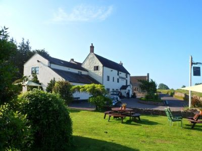 Dog-friendly inn and B&B off the Fosse Way, Somerset - Driving with Dogs
