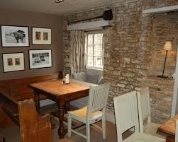 M4 Junction 17 dog-friendly pub and dog walk, Wiltshire - Driving with Dogs