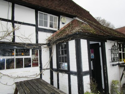 A272 dog-friendly pub and dog walk near Hickstead, West Sussex - Driving with Dogs