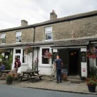 Dog walk and dog-friendly pub near Reeth, North Yorkshire - Yorkshire dog-friendly pub and dog walk