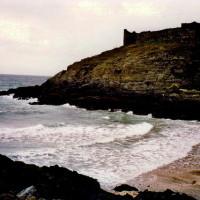 Fenella Beach, Peel, Isle of Man - Dog walks on the Isle of Man