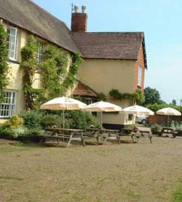 M5 Junction 29 Broadclyst dog-friendly pub and dog walk, Devon - Driving with Dogs