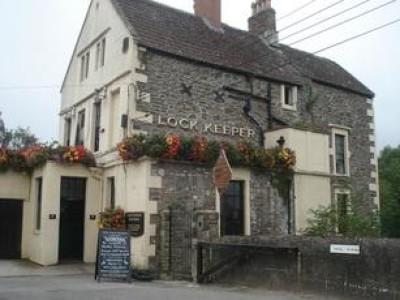 Keynsham dog-friendly pub and dog walk, Somerset - Driving with Dogs
