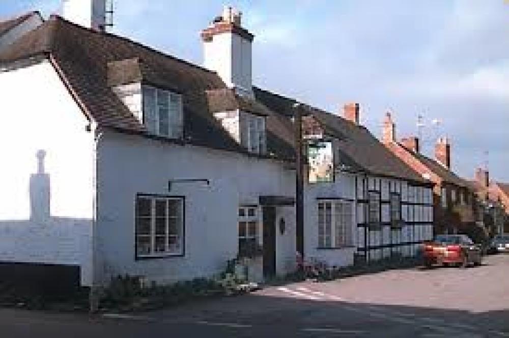 A46 near Pershore dog-friendly pub and dog walk, Worcestershire - Dog walks in Worcestershire